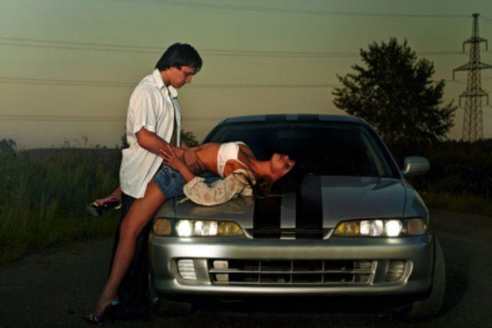 vinkkeja seksin harrastamiseen autossa